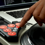 Novation &#8220;DICER&#8221; &#8211; Serato Midi Controller