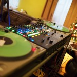 DJ Ease and DJ Color TV | Christmas Cuts | Rane 62